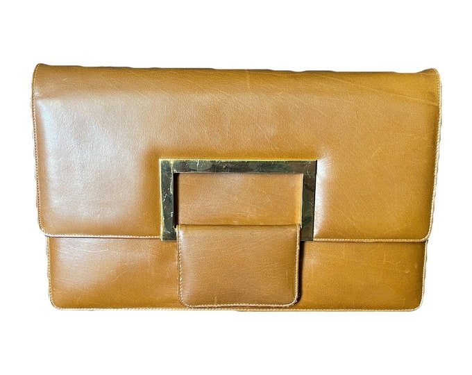 Vintage Brown Leather Clutch or Purse from Saks Fifth Avenue. Sleek Envelope Style. 1970s Sustainable Vintage Fashion Accessory.