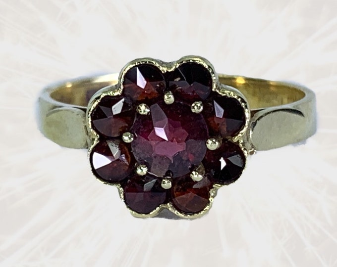 Vintage Garnet Cluster Ring in 14k Yellow Gold Flower Setting. Unique Bohemian Engagement Ring. January Birthstone. Sustainable Jewelry