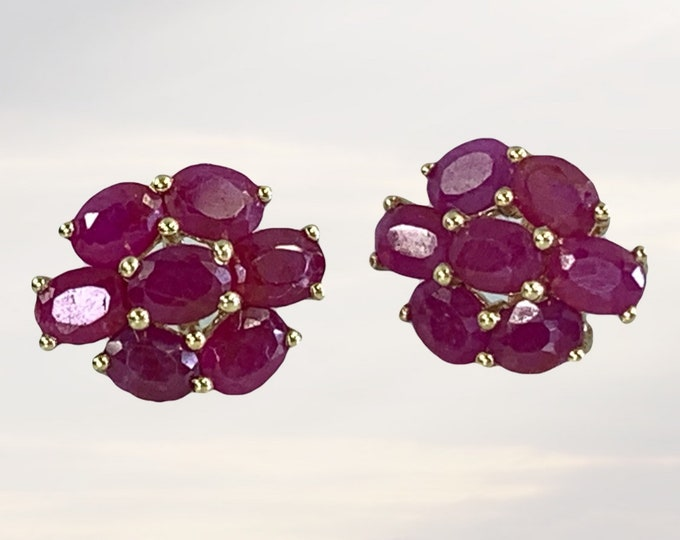 Vintage Ruby Cluster Earrings set in 10K Yellow Gold. July Birthstone. 15th Anniversary. 1970s Sustainable Estate Jewelry