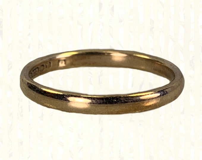 Vintage 1970s Rose Gold Wedding Band from London England. Perfect Wedding Ring or Stacking Band. Full European Hallmark.