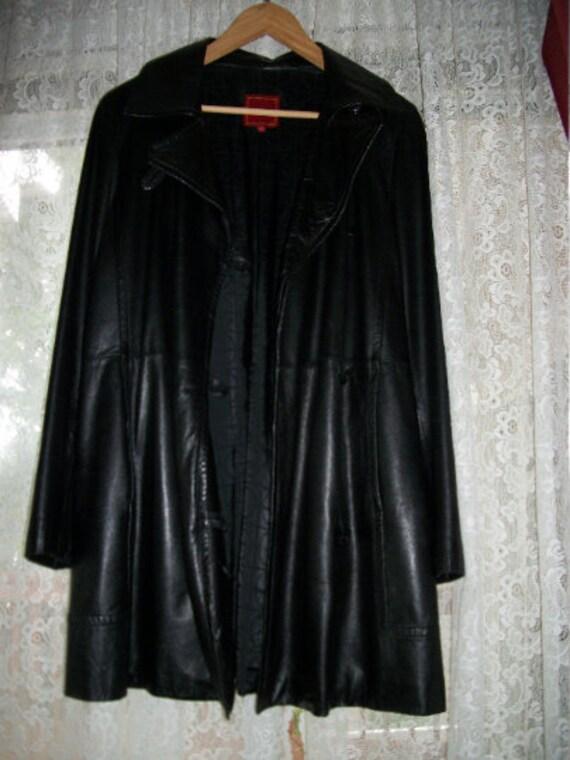 Leather Coat Women | Vintage Cole Haan Medium Wom… - image 1