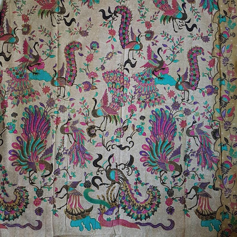 Indonesian Batik fabric sarong batikwrap skirt batik wall hanging fabric peranakanJavanese Balinese 100/% cotton oriental peacock purple