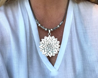 floral necklace for her gift idea flower pendant pendant necklace Boho style unode50 style Statement piece double leather necklace