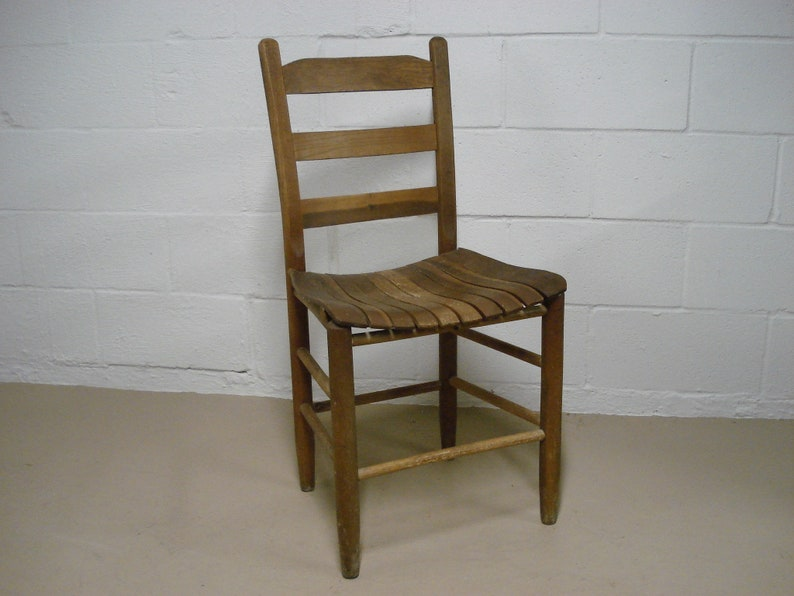 Vintage Wooden Chairs >> Vintage Wood Slat Chair Old Antique Wooden School Desk Kitchen Dining Classroom Primitive Rustic Country Classic Bar Step Stool