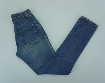 acc54b4982254 GAP Jeans Vintage Gap 90 s Classic Fit High Waisted Jeans Size 24