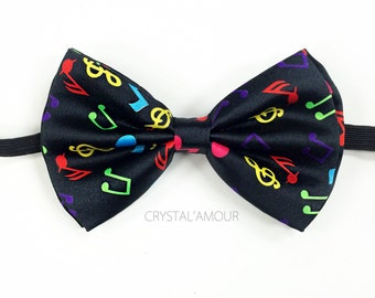 Satin Feel Bow Tie Clasp /& adjustable Strap Rainbow Gay Pride Party Mardi Gras