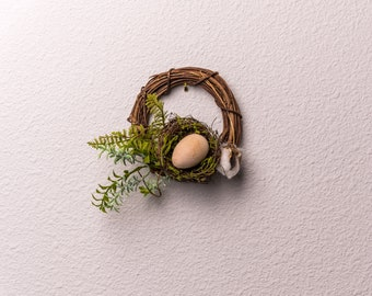 Dollhouse Miniature  Filled Bird Nest  A3199