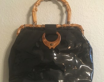 add263dd24 Vintage black faux patent leather handbag