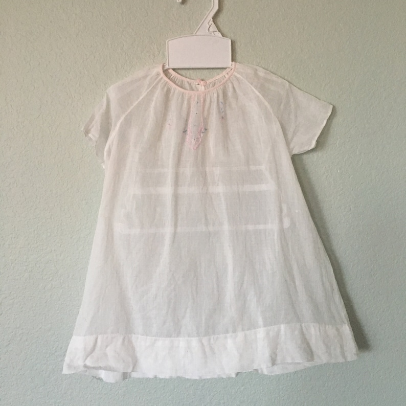 b3a74be94 Antique Baby Gown vintage white embroidered 40s or 50s baby | Etsy