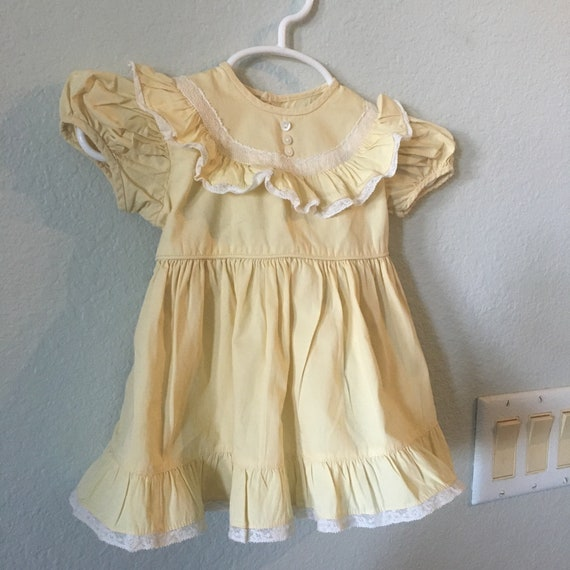 Vintage Baby Girls Dress yellow frock with ruffles and lace cotton baby dress ruffled neckline and bottom