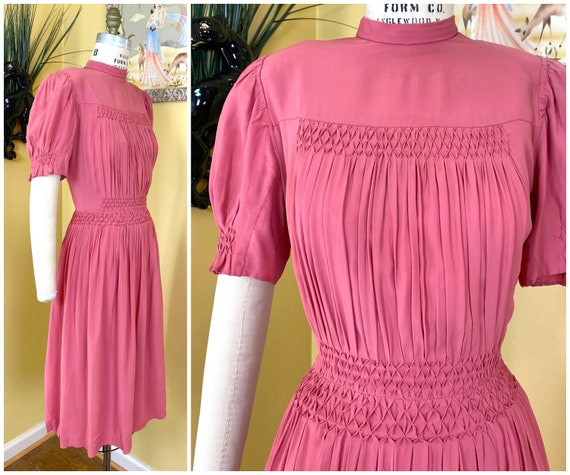 vintage late 1930s - early 1940s dress // rare cor