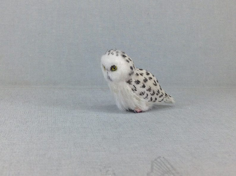 Dollhouse Miniature Realistic snowy owl Bird Miniatures Handsculpted Miniature Owl Snowy owl Harry Potter  TO ORDER!!!!!