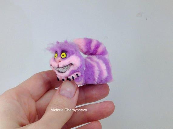 Kot Cheshire Miniatura Kot Alicja W Krainie Czarów Lalka Etsy
