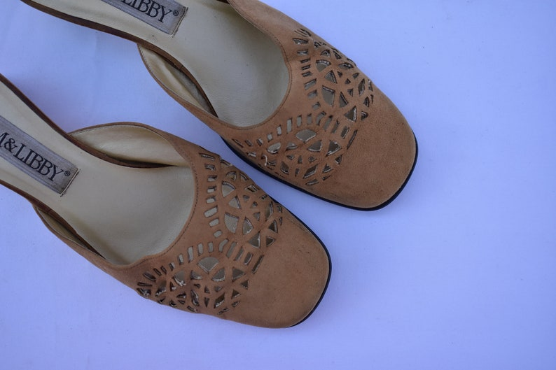 90/'s Sam and Libby Toffee Suede Laser Cut Mules Squared Toed Light Taupe Slides Size 7 12