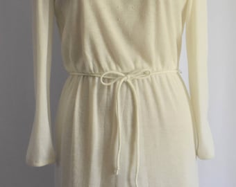 vintage 1970s cream sweater dress long sleeve ivory dress mid length sweater dress winter wedding dress