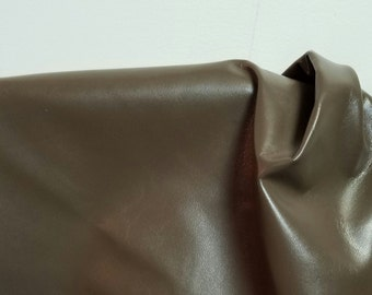 Taupe Brown Goatskin smooth kidskin 4-6 sq.ft 1.5- 2.0 oz thin topgrain by NAT Leathers for shoe handbag craft