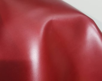 Leather 15-18 sf Red shimmer pearlized smooth nappa Cow hide cowhide skin 2.5 oz 1.2 mm nappa genuine for handbag craft jewelry accessories