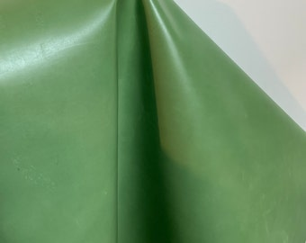NAT Leathers 14-17 sf Mid Green calf cowhide skin 2.5 oz 1.0-1.2 mm nappa smooth matte for handbag craft jewelry upholstery footwear