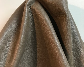 Light Grey Taupe Fullgrain 2 tone small goat grain Cowhide Leather 31.75 sf 37 x 100 inches overall skin 2.5 oz genuine cow NAT LEATHERS