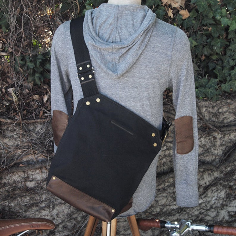Messenger Bag / Small Black  Waxed Canvas Leather image 0