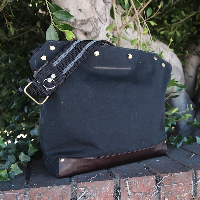 Messenger Bag / Large Black  Waxed Canvas Leather image 0