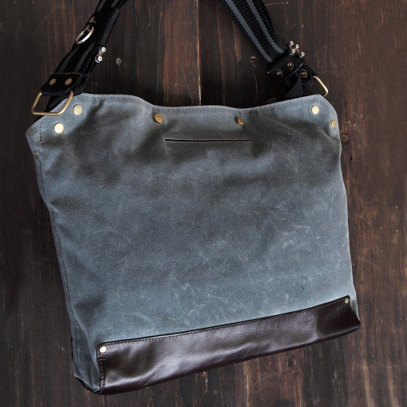 Messenger Bag / Large Gray  Waxed Canvas Leather image 0