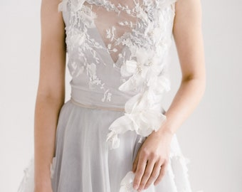 edaba0fc8c34 Open back wedding dress // Veronika / Tulle wedding gown, embroidered wedding  gown, floral wedding dress, summer wedding, bohemian bride