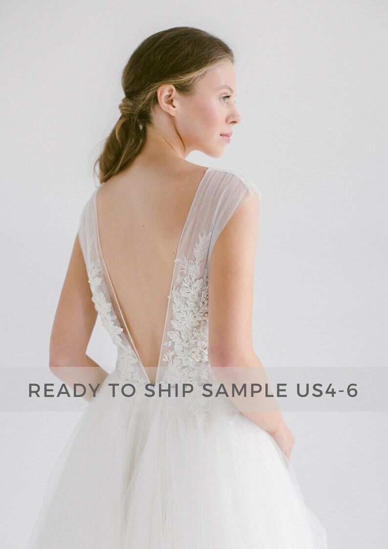 Sample sale / Ivory tulle wedding dress /