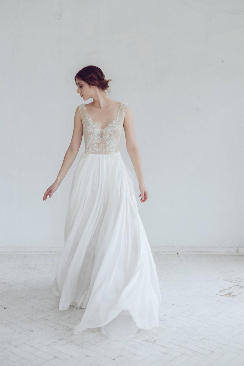 brand new 67342 191c4 Hochzeitskleid Seide / / Kyrene / einfache Brautkleid, wulstige Spitze  Brautkleid, offene Rückseite Brautkleid, Brautkleid erröten, Elfenbein Rock