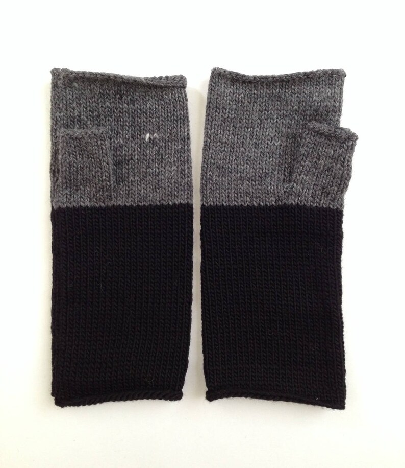 Fingerless Mittens Hand Warmers Wool Fine Gauge in Colorblock image 0
