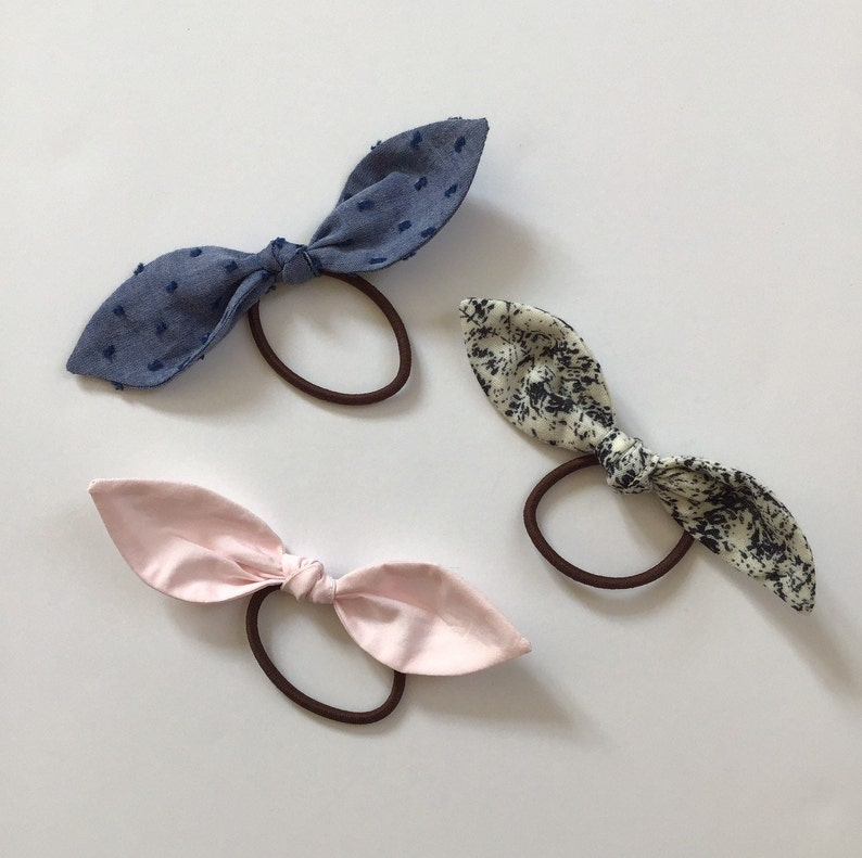 Set of 3 elastic cotton hair bows pink blue and black cream image 0