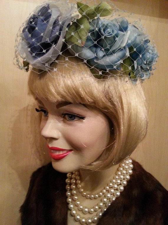 1950's Floral Hat of Roses and Organza