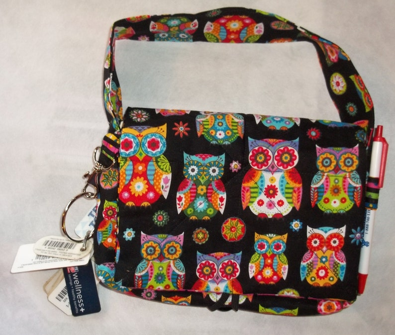 Wise Owl Coupon Organizer Tote Bag Quilted Sorts Coupons with Key and Pen Holder 7/' /'x 9 X 2 wide Colorful Owls lines with stripes