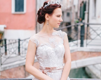 8d2cebd3b7a14 Romantic lace wedding dress in lavender shade CathyTelle