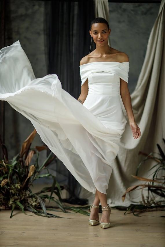 Off The Shoulder Wedding Dress Off White Wedding Dress Etsy