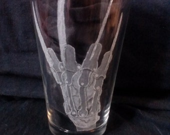 Freddy Krueger's Glove Hand Engraved on Conical Pint Glass (made to order)