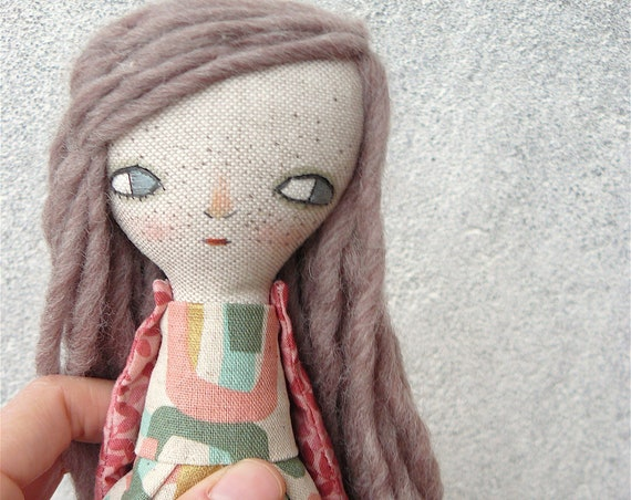 Art doll in cotton and linen. Wool hair. 29 cm. Long hair