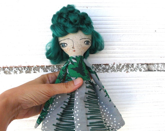 Art doll in cotton and linen. Bamboo hair. 28 cm.