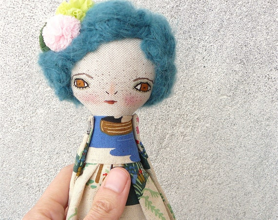 Art doll in cotton and linen. Blue hair. 30 cm.