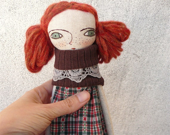 Art doll in cotton and linen. Red hair. 28 cm.