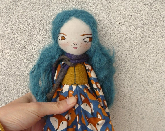 Art doll in cotton and linen. 30 cm. Fabric doll. Cloth doll. Textile doll. Artistic doll. Blue hair doll