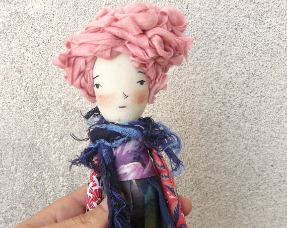 Mini art doll. 9,8 inches. Embroidered and painted. Cotton and linen dolls. Mini dolls. Tiny dolls