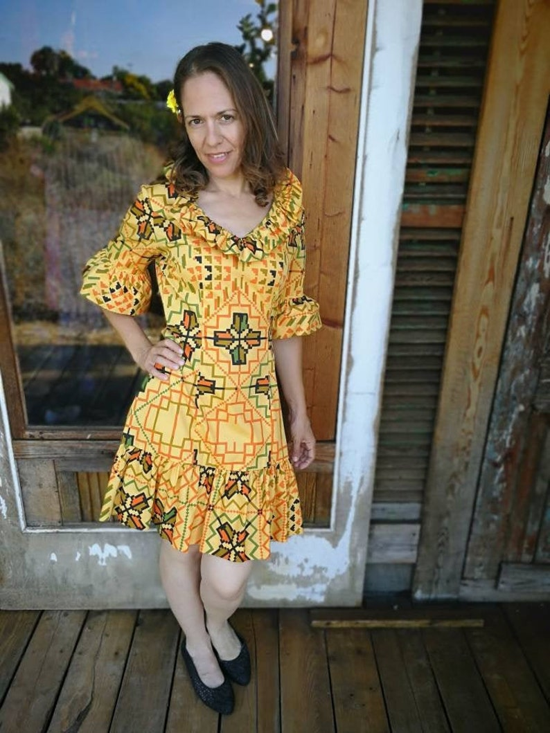 Cotton Ruffle Dress 70s Vintage Yellow Dress Short Sleeve Summer Dress Size S Small Geometric Print Dress