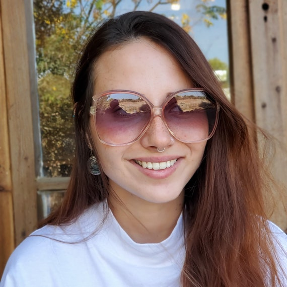 Vintage Clear Red Sunglasses, 1970s Oversize Squa… - image 8