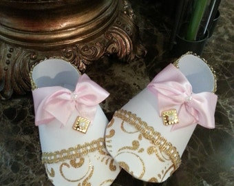 Pink And Gold Baby Shower Shoe  Favors / Set Of Ten Pink And Gold Baby Booty Shoe Favors / Girl Shoe Favors / Baby Shower Favors