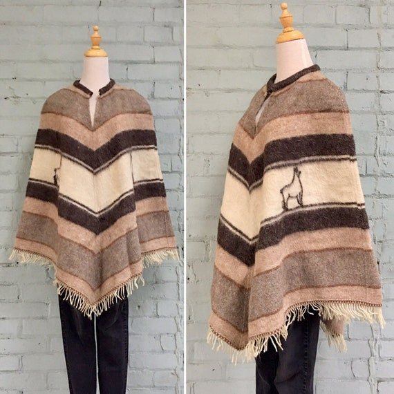 vintage 1970s wool poncho / 70s fringe poncho / bo