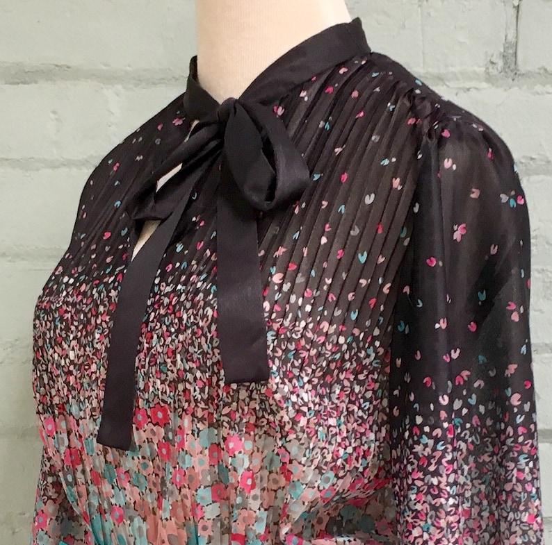 vintage 70s peasant blouse  1970s peplum blouse  floral blouse  sheer blouse  pussy bow blouse