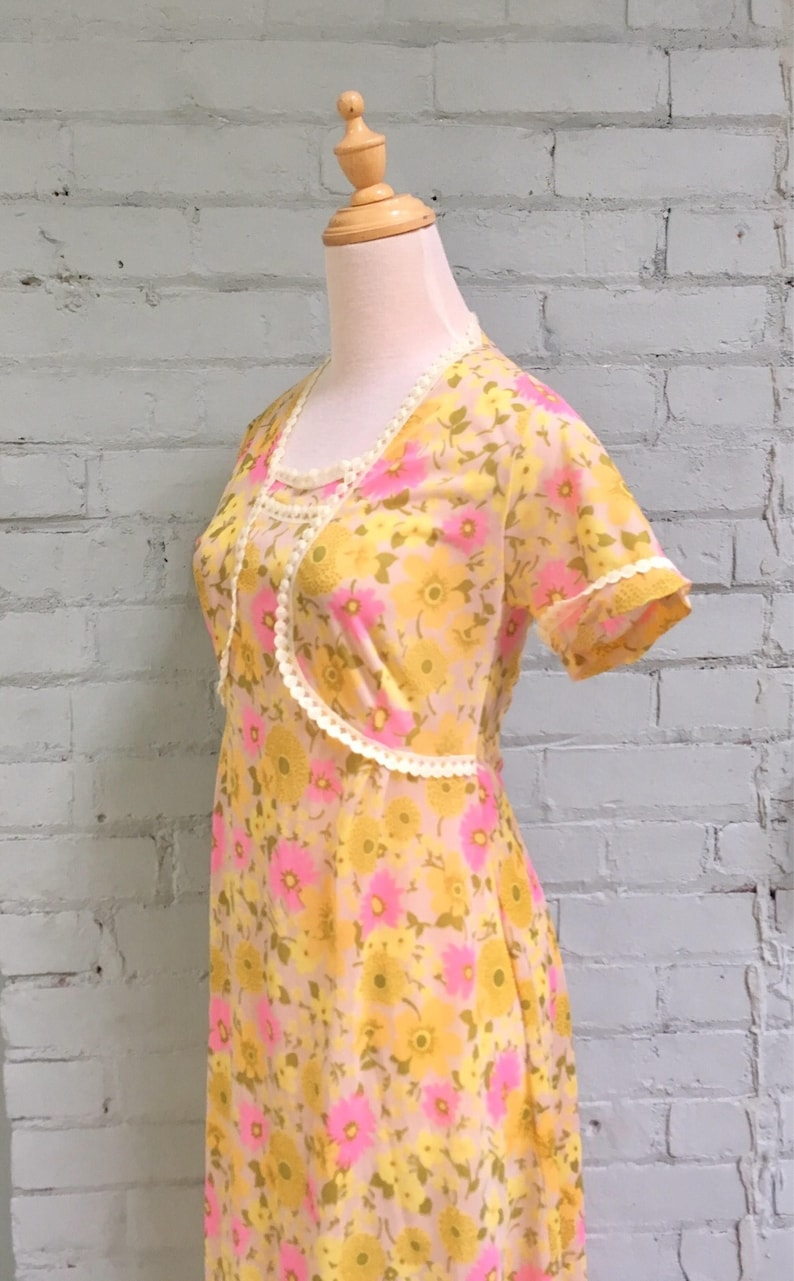 vintage 70s lounge dress  1970s grunge festival maxi dress  floral nightgown  romantic negligee