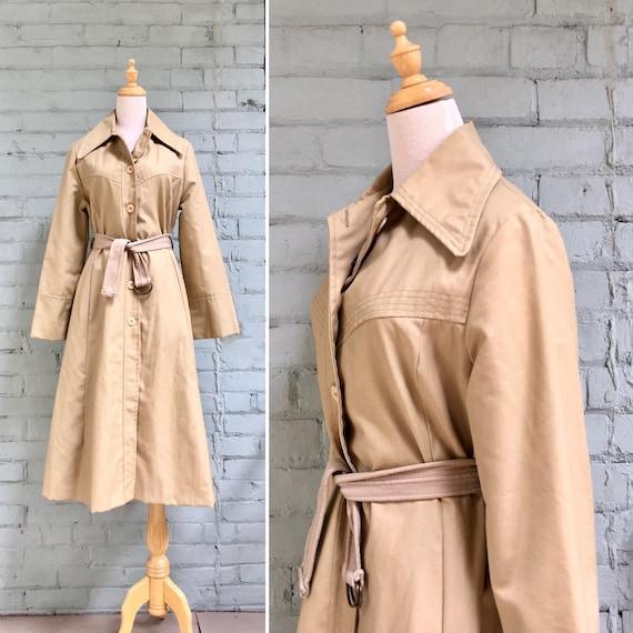vintage 1970s trench coat / 1970s boho belted coat