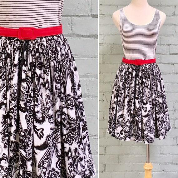 vintage 1980s mini skirt / 80s floral crinkle skir